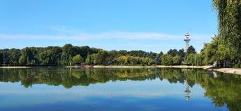 Lago en el parque de Olimpia Imágenes de archivo libres de regalías