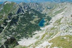 Lago en el parque nacional de Durmitor Imágenes de archivo libres de regalías