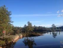 Lago en el parque nacional de Skuleskogen fotos de archivo