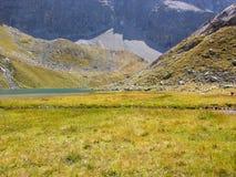 Lago en el paso de Julier Foto de archivo