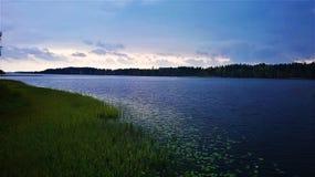 Lago en Finlandia Imagen de archivo libre de regalías