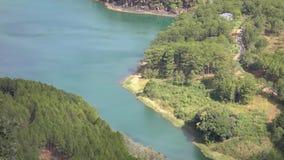 Lago en la opinión del mounttain, ciudad del lat de DA, provincia de Lam Dong, Vietnam lam de Tuyen almacen de metraje de vídeo