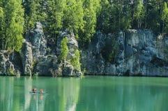 Lago en las rocas de Adrspach-Teplice Fotografía de archivo libre de regalías