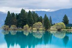 Lago en Nueva Zelandia Imágenes de archivo libres de regalías