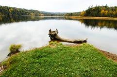 Lago en otoño, Hokkaido, Japón Chimikeppu fotografía de archivo libre de regalías