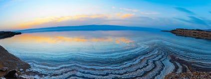 Lago en puesta del sol Fotos de archivo