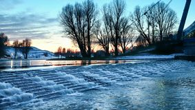 Lago en puesta del sol del invierno imágenes de archivo libres de regalías