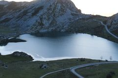 Lago enol, Cangas De onÃs, Hiszpania Fotografia Stock