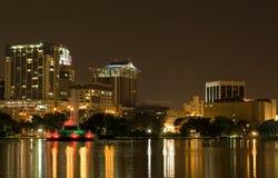 Lago Eola y horizonte Orlando la Florida Foto de archivo