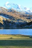 Lago Ercina, Cangas de OnAss,西班牙 库存图片