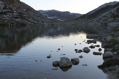 Lago Ercina, Cangas de OnÃs, Espagne Image libre de droits