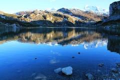 Lago Ercina, Cangas de OnÃs, Spanien Stockfotografie