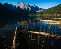 Lago esmeralda, parque nacional de Yoho Imagen de archivo libre de regalías
