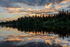 Lago evening, lago en la puesta del sol Fotografía de archivo
