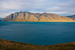 Lago famoso Hawea in Wanaka Fotografia Stock