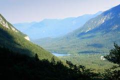 Lago fantastico della montagna nel parco nazionale di Triglav Situato in Fotografia Stock Libera da Diritti