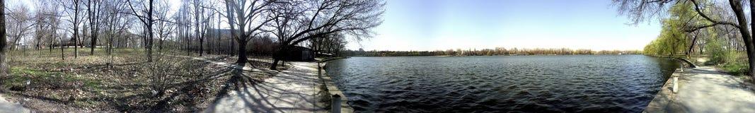 Lago Floreasca 360 gradi di panorama Fotografie Stock Libere da Diritti