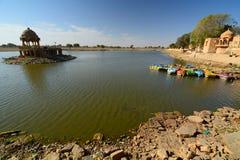 Lago Gadisar Jaisalmer Rajasthan India imagem de stock