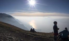 Lago garda dalla montagna Immagine Stock