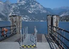 Lago Garda, opinión de Torbole del barco Foto de archivo libre de regalías