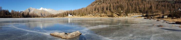 Lago gelado fotos de stock