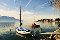Lago geneva e barche, Montreaux, Svizzera, Europa Fotografia Stock