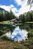 Lago Ghedina perto de Cortina d'Ampezzo, Itália Imagens de Stock