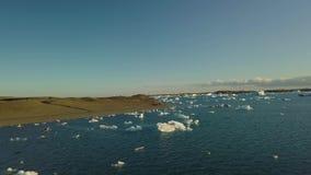 Lago glacial em Islândia filme