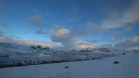 Lago glacial Jokulsalron durante fevereiro vídeos de arquivo