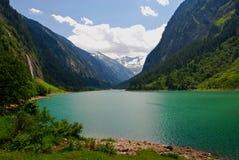 Lago glaciale alpino Immagini Stock Libere da Diritti
