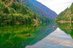 Lago gorge, parque nacional de las cascadas del norte fotografía de archivo libre de regalías