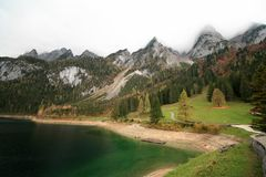 Lago Gosau mountains in Austria fotografie stock