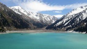 Lago grande de almaty da paisagem em kazachstan imagens de stock royalty free
