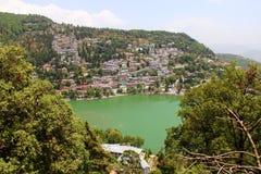 Lago green esmeralda Foto de archivo libre de regalías