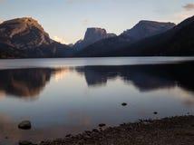 Lago green River Immagini Stock Libere da Diritti