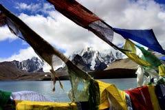 Lago Gurudongmar, Sikkim del norte, la India Foto de archivo libre de regalías