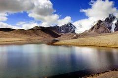 Lago Gurudongmar, Sikkim norte, Índia Imagens de Stock Royalty Free