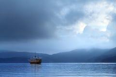 Lago Hakone, Japón Fotos de archivo