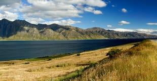 Lago Hawea en Nueva Zelandia Imagenes de archivo