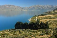Lago Hawea in Nuova Zelanda immagini stock
