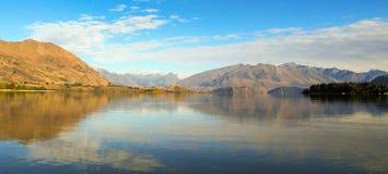 Lago Hawea Otago, Nueva Zelanda Foto de archivo