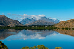 Lago Hayes, Nueva Zelandia fotografía de archivo