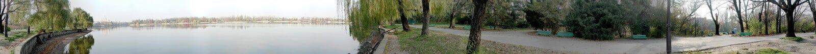 Lago Herastrau 360 grados de panorama Imágenes de archivo libres de regalías