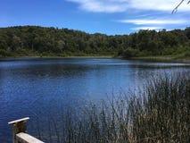Lago hermoso foto de archivo libre de regalías