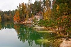 Lago hermoso autumn Fotografía de archivo libre de regalías