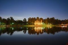 Lago hermoso en los lagos springfield en la oscuridad Fotos de archivo
