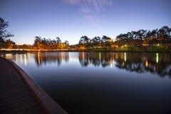 Lago hermoso en los lagos springfield en la oscuridad Fotos de archivo libres de regalías