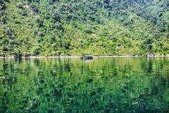 Lago hidroelétrico fotografia de stock royalty free