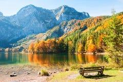 Lago Hinterer Langbathsee in alpi austriache Immagini Stock