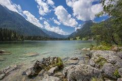 Lago Hintersee in alpi austriache Fotografia Stock